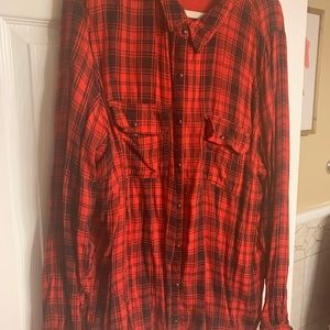 Maurices plus size 3 buffalo plaid ls top